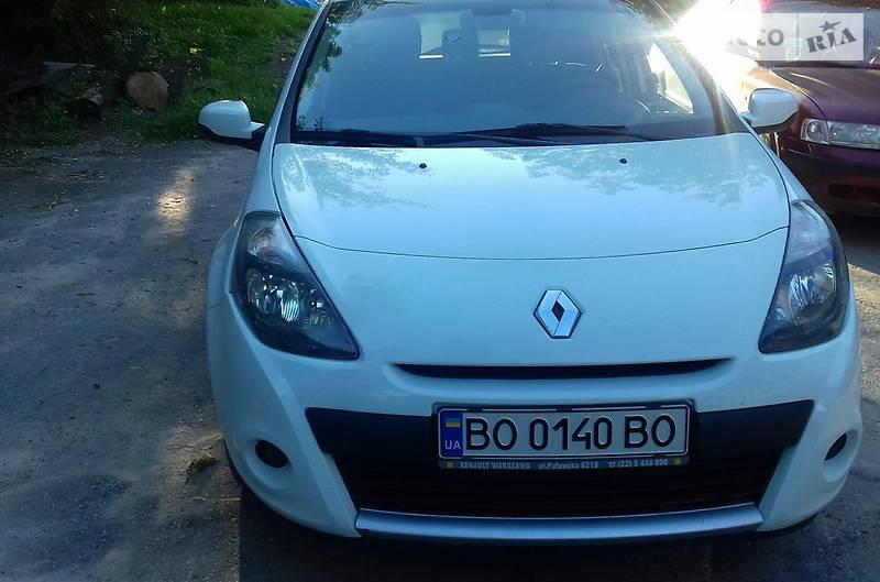 Renault Clio 2012 року