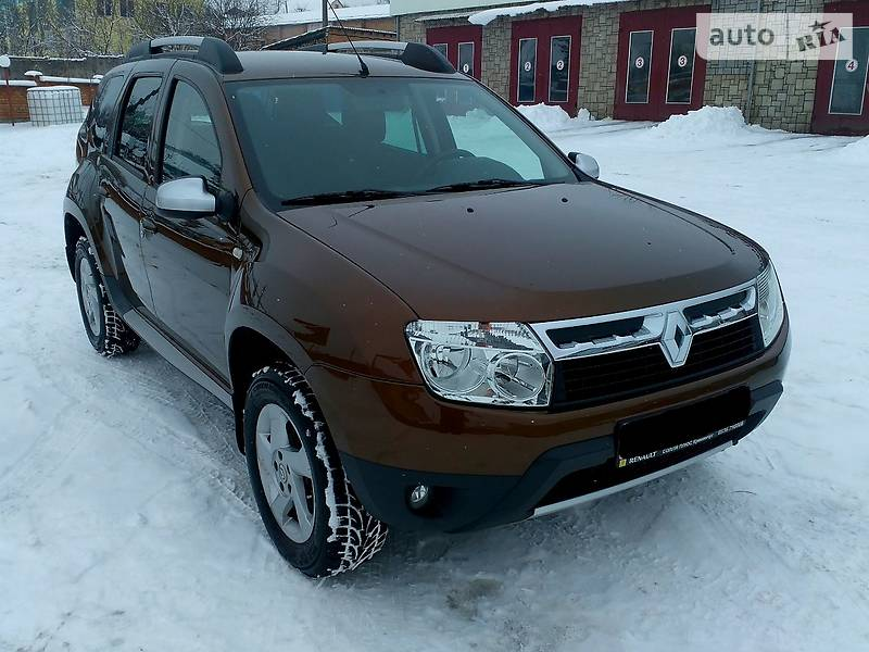 Renault Duster 2012 года