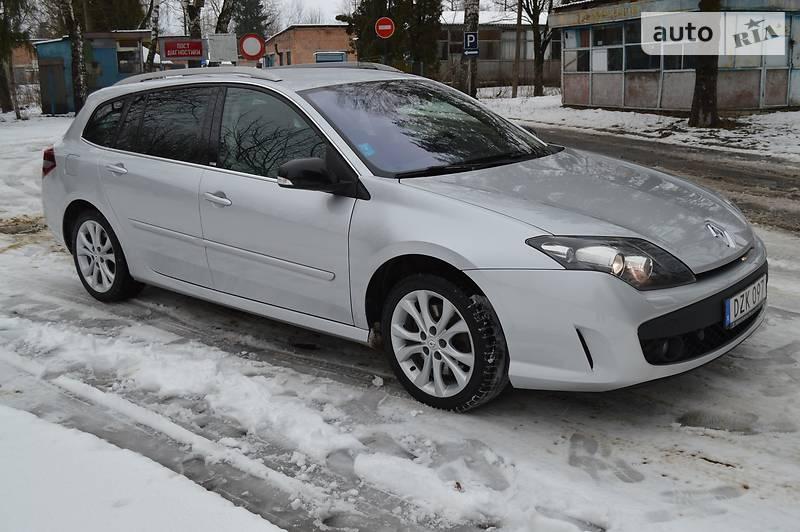 Renault Laguna 2011 года