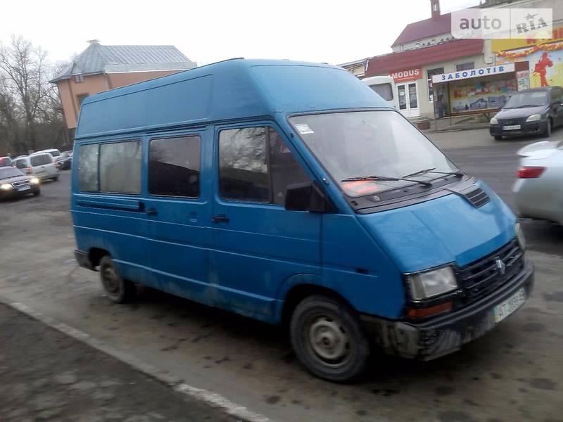 Renault Master пасс. 1990 року