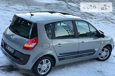 Renault Scenic PANORAMA IDEAL 2004