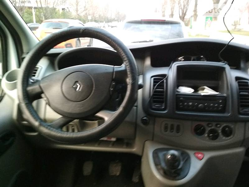 Renault Trafic груз.-пасс.