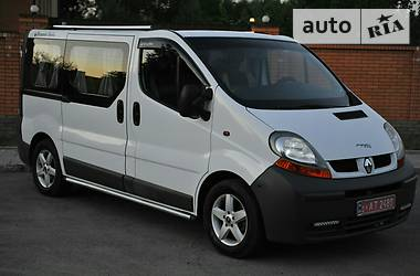 Renault Trafic пасс. LUX 1.9 2006