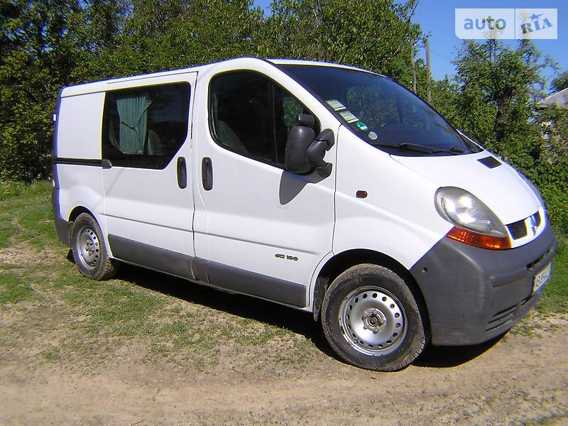 Renault Trafic 2002 года
