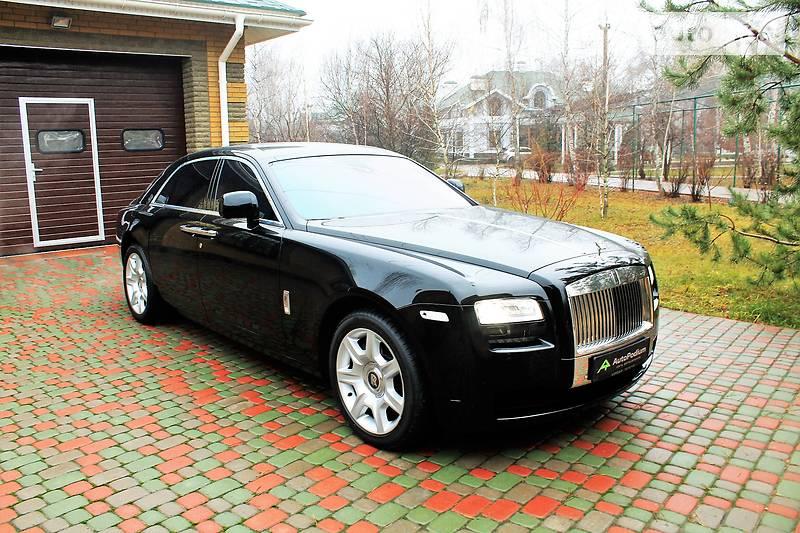 Rolls-Royce Ghost 2010 року