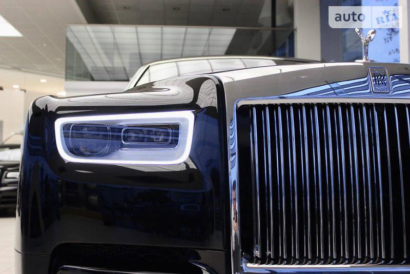 Rolls-Royce Phantom 2018 року