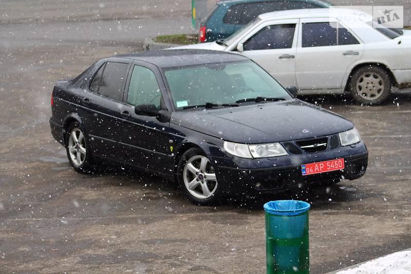 Saab 9-5 2003 року
