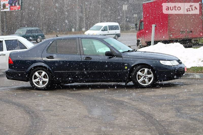 Saab 9-5 2003 года
