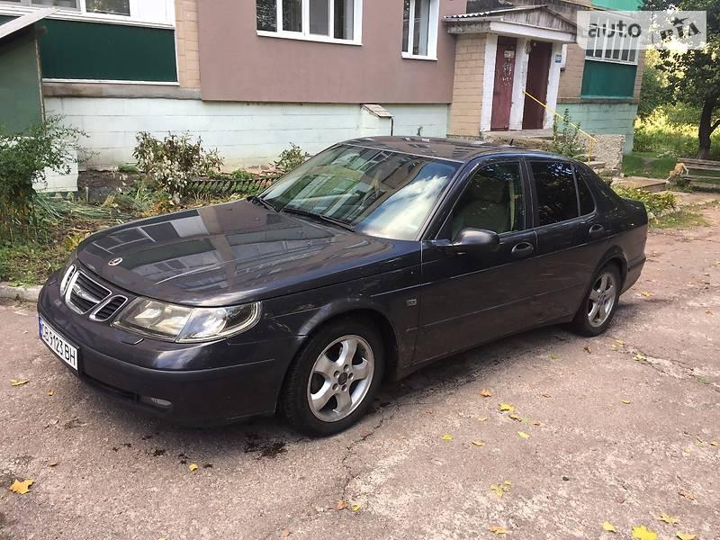 Saab 9-5 2004 року