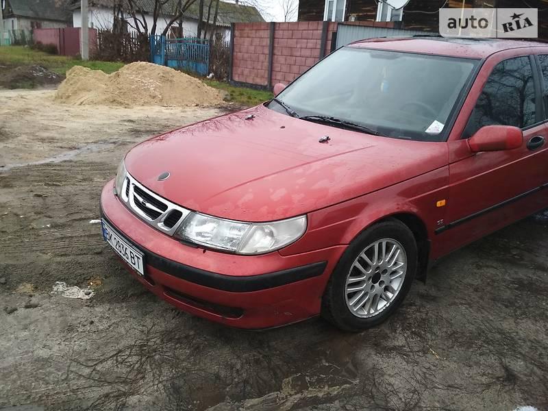 Saab 9-5 1998 року