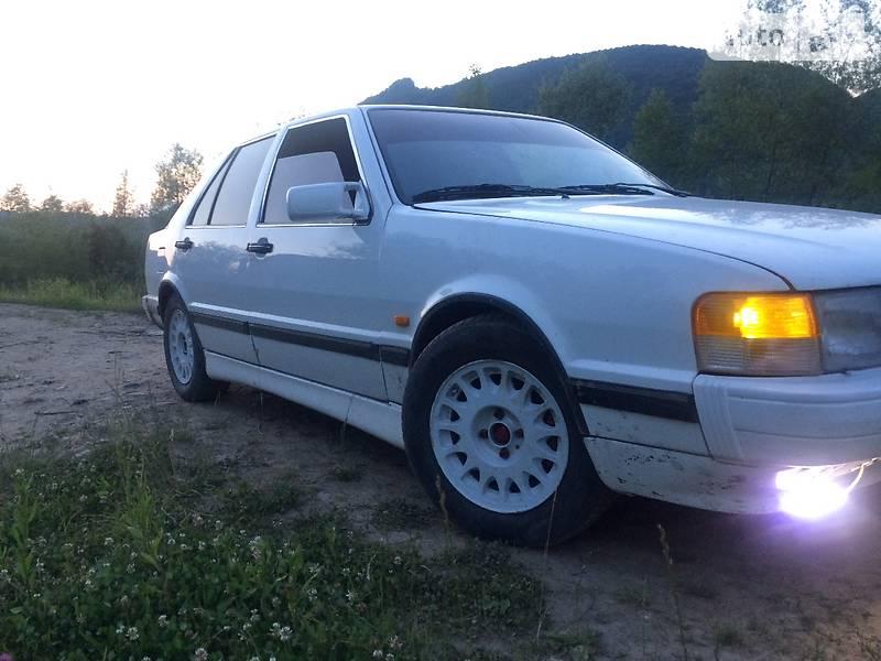 Saab 9000 1990 года