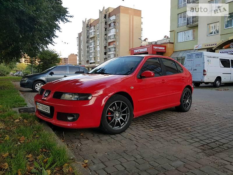 SEAT Leon 2004 года