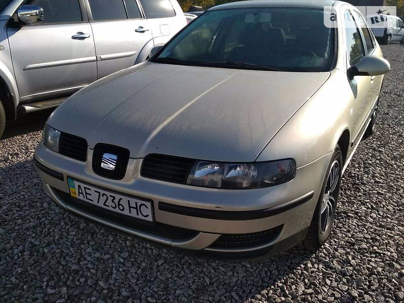SEAT Toledo 2003 року