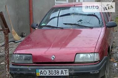 Характеристики Renault 19 Chamade Седан