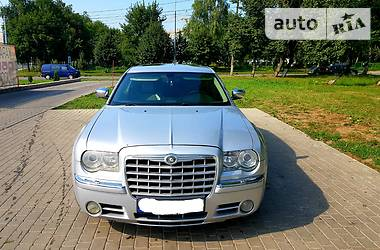 Характеристики Chrysler 300 C Седан