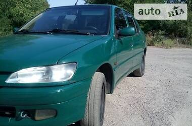 Характеристики Peugeot 306 Седан