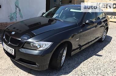 Характеристики BMW 320 Седан