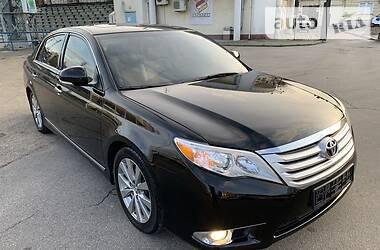 Характеристики Toyota Avalon Седан