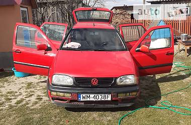 Характеристики Volkswagen Golf III Седан