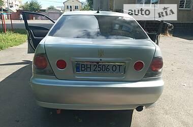 Характеристики Lexus IS 200 Седан