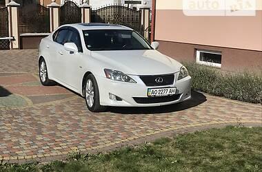 Характеристики Lexus IS 300 Седан