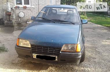 Характеристики Opel Kadett Седан