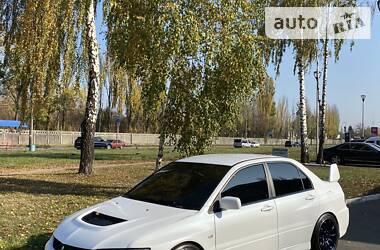 Характеристики Mitsubishi Lancer Evolution Седан