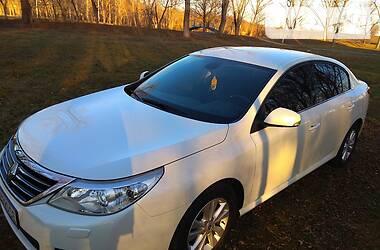 Характеристики Renault Latitude Седан