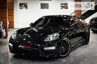 Характеристики Porsche Panamera Седан