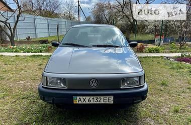 Характеристики Volkswagen Passat B3 Седан