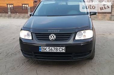 Характеристики Volkswagen Touran Седан