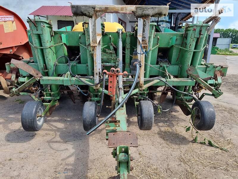 Картофелесажалка, машина для посадки картофеля Hassia