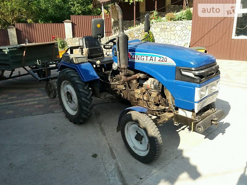 Трактор Синтай (XINGTAI) 220
