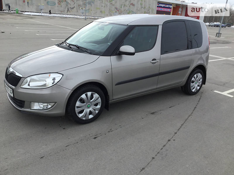 Skoda Roomster 2011 года