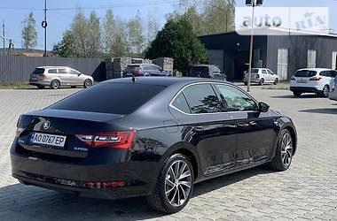 Skoda Superb Laurinklement 2016