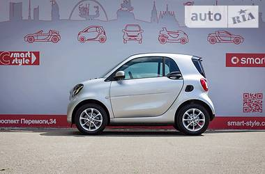 Smart Fortwo 453 LCD Exclusive 2015