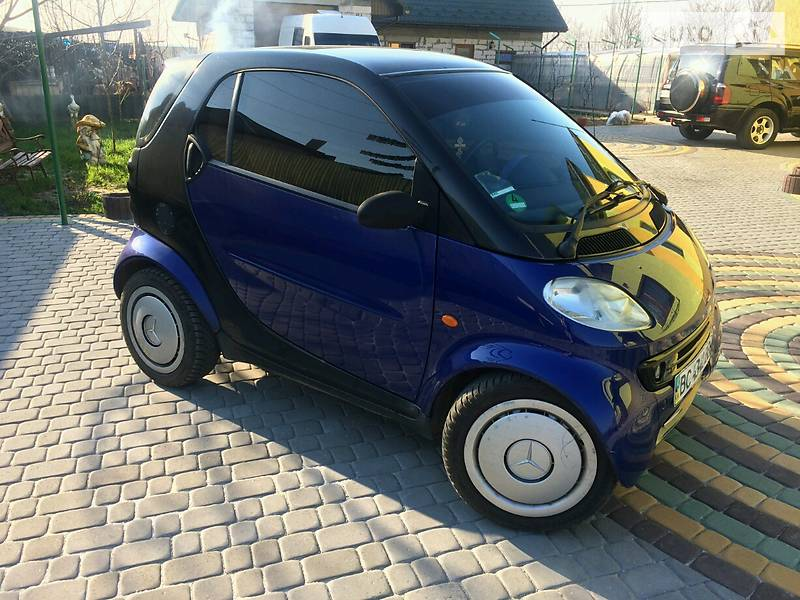 Smart fortwo 2000 года