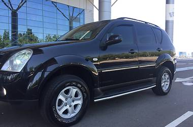 SsangYong Rexton II 2.7 DELUX 2009
