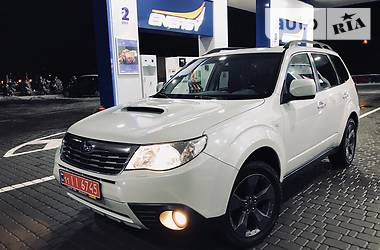 Subaru Forester 2.5 XT White Limited 2009