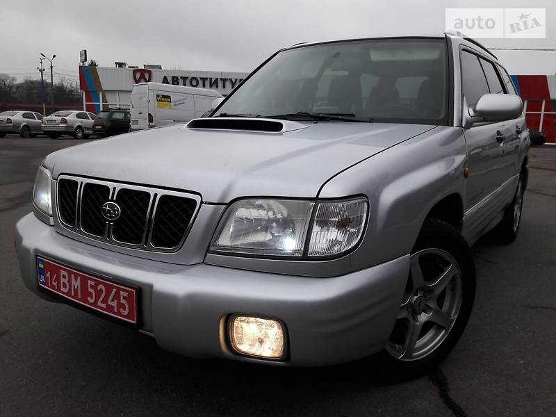 Subaru Forester 2003 року
