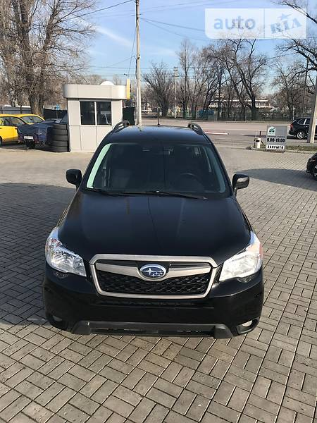 Subaru Forester 2015 року