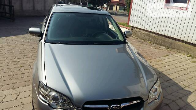 Subaru Legacy 2005 года