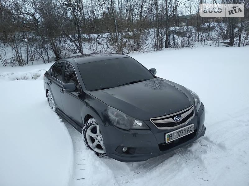 Subaru Legacy 2010 року