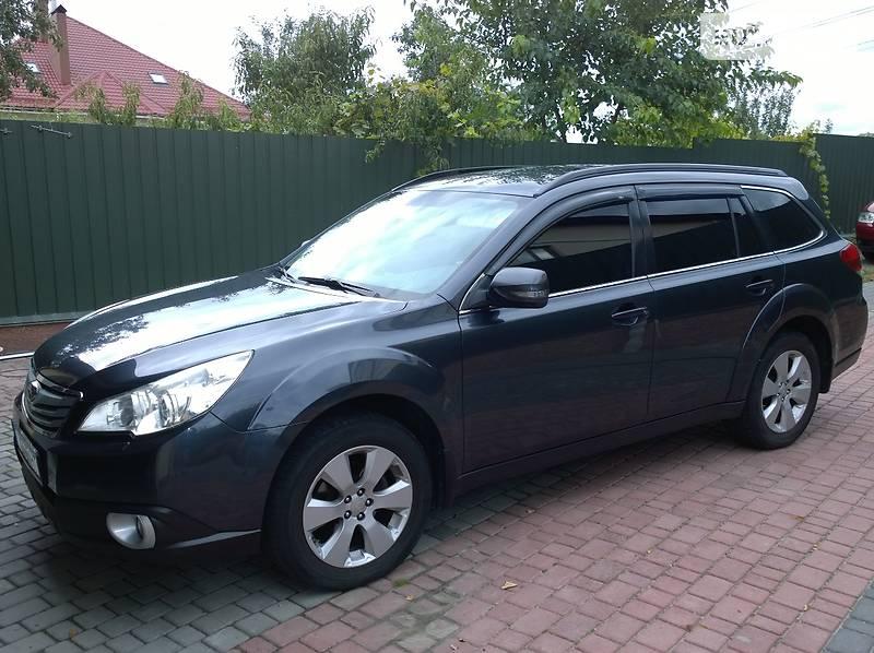 Subaru Outback 2010 року