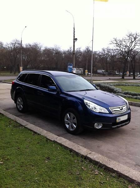 Subaru Outback 2011 року