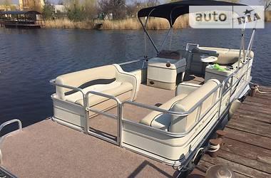 Sun Tracker Party Barge 24 Fut 2006