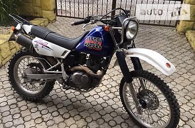 Suzuki Djebel  2002