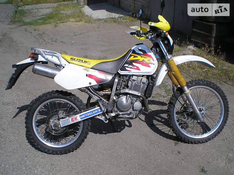Suzuki DR 250