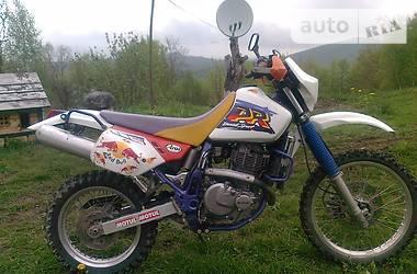 Suzuki DR  2000