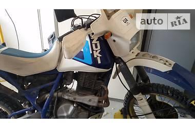 Suzuki DR  1986